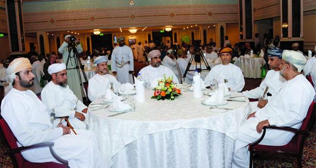"""""""عمان للاستثمارات والتمويل"""" تحتفل بتدشين هويتها الجديدة """"خدمة"""""""
