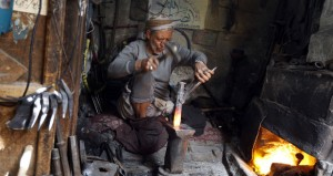 اليمن: مقتل 6 قيادات من أنصار الله بـ(حجة) وتحذير أممي من الهجوم على (الحديدة)