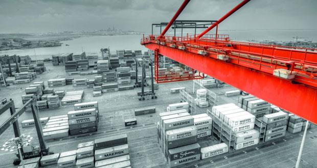 ميناء صلالة يحطم رقمه القياسي لأعلى إنتاجية على السفينة الواحدة