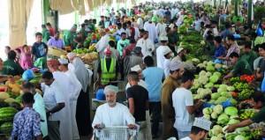 استعدادا لاستقبال شهر رمضان سوق الموالح يستقبل أكثر من 16780 طنا من الخضراوات والفواكه.. ويشكل فريقا لتحليل متبقيات المبيدات