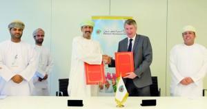 """""""تنمية نفط عمان"""" توقع 3 عقود بقيمة 35 مليون دولار أميركي مع شركات عمانية"""