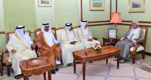 الوزير المسؤول عن الشؤون الخارجية يستقبل وزير المالية ووزير المواصلات والاتصالات القطري