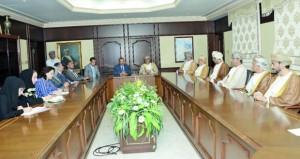 الساجواني يبحث مع الوفد البرلماني المغربي التعاون الزراعي والسمكي