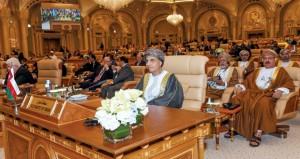 نيابة عن جلالة السلطان .. فهد بن محمود يشارك في القمة العربية الإسلامية الأميركية