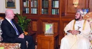 أسعد بن طارق يستقبل السفير الأمريكي
