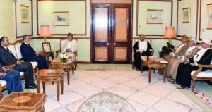 بحث التعاون الثنائي بين السلطنة واليمن
