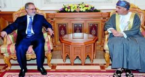 فهد بن محمود يستقبل نائب رئيس مجلس الوزراء ووزير الخارجية اليمني