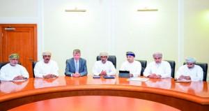 """""""البيئة"""" وتنمية نفط عمان تعقدان اجتماعهما السنوي"""
