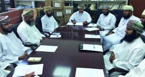 لجنة الزكاة والصدقات بنـزوى توزع أكثر من 183 ألف ريال عماني لمستحقيها