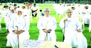 افتتاح ملعب فريق الوشيل الاصطناعي بالرستاق وتدشين البطولة الرمضانية بمشاركة 32 فريقا