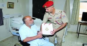 بمناسبة عيد الفطر .. التوجيه المعنوي ينظم زيارات للمرضى فـي المستشفيات العسكرية