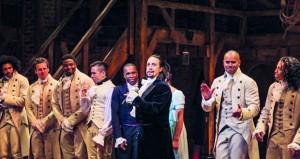 """مؤلف مسرحية """"هاميلتون"""" يرد بالموسيقى على الجدل بشأن الهجرة في أميركا"""
