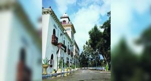 قصر مريم عزة يحكي قصصا من يوميات سكيكدة الجزائرية