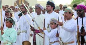 ولاية صور تنظم (فرحة مجتمع) بمناسبة عيد الفطر المبارك