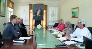 اجتماع الهيئة العمانية للإعتماد الأكاديمي مع جامعة فنلندا