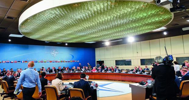 (الناتو) يعزز وجوده بأفغانستان (دون دور قتالي) .. وأوروبا تنشد قيادة أميركية