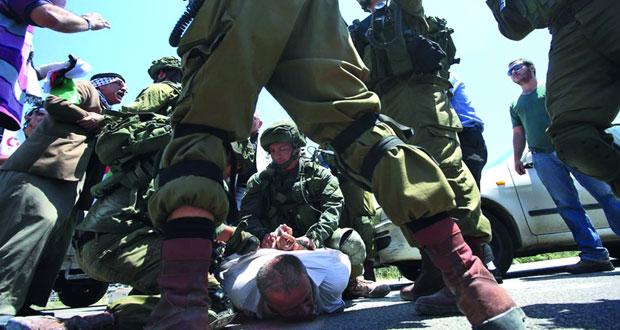 حملة اعتقالات إسرائيلية في الضفة والقدس تطول نائب في (التشريعي الفلسطيني)