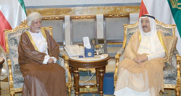 أمير الكويت يستقبل يوسف بن علوي
