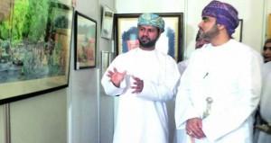 """افتتاح معرض """"الفن رسالة السلام"""" بمشاركة 100 عمل فني"""