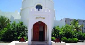 معارض متنوعة وصالون ثقافي لبيت الزبير في مهرجان صلالة السياحي
