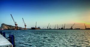 موانئ السلطنة تواصل تسجيل معدلات إيجابية من النتائج على مستوى عدد الحاويات وسفن الشحن