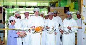 افتتاح سوق العسل العماني الثامن بمسقط جراند مول