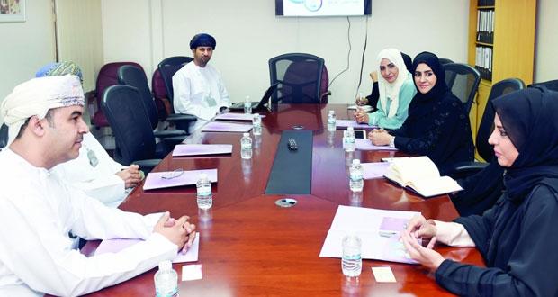 وفد تربوي قطري يطلع على تجربة السلطنة في مجال التعليم
