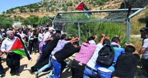 تقرير حقوقي فلسطيني: 156 قانونا عنصريا ناقشهم «الكنيست» فـي مسعى لتغيير الأوضاع على الأرض المحتلة