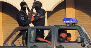 """مصر : قوات الأمن تقضي على قيادي """"داعشي"""" بسيناء وإرهابيين في القاهرة"""