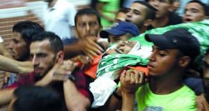 قضاء الاحتلال يقرر نفي عشرات المقدسيين عن (الأقصى) وقواته تستهدف المصليين