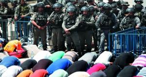 شهيدان ومئات الجرحى مع تصعيد الاحتلال لعدوانه بالقدس والضفة وغزة