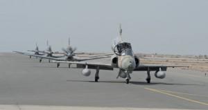 السلطنة تتسلم الدفعة الأولى من طائرات (الهوك) التدريبية