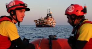 ليبيا: البحرية تنفي فرض منطقة محظورة بالمياه الإقليمية