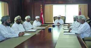 رئيس المحكمة العليا يجتمع برؤساء إدارات مجلس الشؤون الإدارية للقضاء لاستعراض أسس تطوير فاعلية التفتيش الإداري والقضائي
