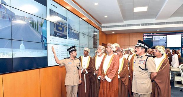 افتتاح قيادة الشرطة بالبريمي وتخريج دفعة من المستجدين