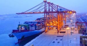 نفط عمان فوق الـ 50 دولارا .. والخام ينخفض بفعل ارتفاع الإنتاج الأميركي