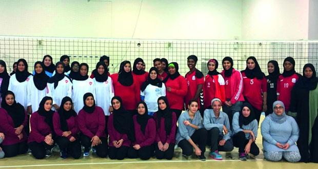 دائرة الهيئات النوعية تنظم مسابقة تنشيطية للمرأة في لعبة الكرة الطائرة