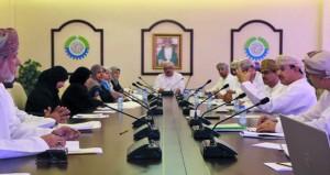 لجنة التعليم بالغرفة تناقش تنظيم برنامج تدريبي في الإدارة التربوية الحديثة