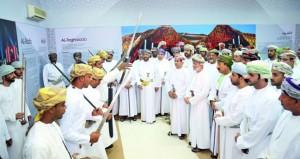 """وزارة التراث والثقافة تنظم معرض """"عمان والحضارة """"بظفار"""