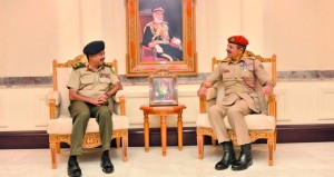بحث التعاون العسكري بين السلطنة وبنجلاديش