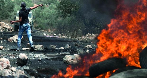 الاحتلال يعتقل فلسطينيين بزعم الإعداد لـ«تنفيذ هجوم» ومستوطنوه يستهدفون الأطفال بعمليات الدهس
