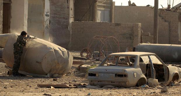 الجيش السوري يحكم سيطرته الكاملة على السخنة بريف حمص