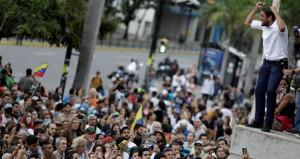 فنزويلا : مادورو ينتقد العقوبات الأميركية ضده ويصفها بالإمبريالية