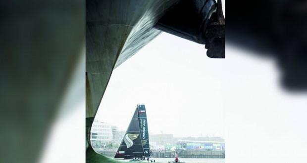 فريق الطيران العُماني يظفر بالسباقين الوحيدين والظروف الجوية تؤجل باقي السباقات