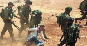 الاحتلال يحاصر (بيت سوريك) وينتقم من سكانها