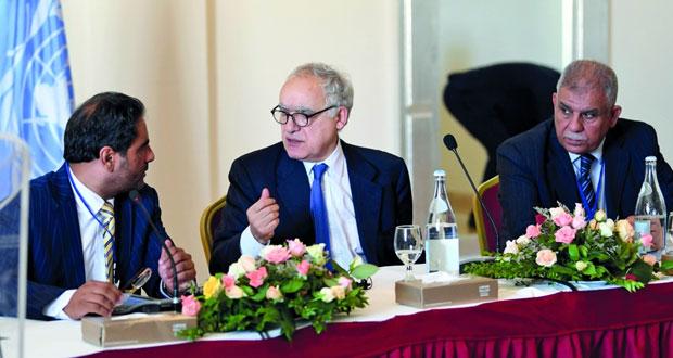 ليبيا: حفتر يجري مباحثات حول الإرهاب والمهاجرين في روما