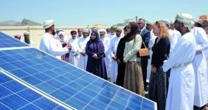تدشين العمل بـ(الشمسية) في أول 3 مدارس بالسلطنة