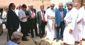 النيبال تشيد بدور السلطنة في دعم الأمن والاستقرار