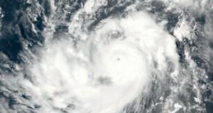 إعصار قوي جديد يشتد فوق المحيط الأطلسي