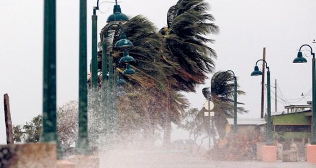 الإعصار (ماريا) يصل بورتوريكو ويهدد الجزر العذراء الأميركية
